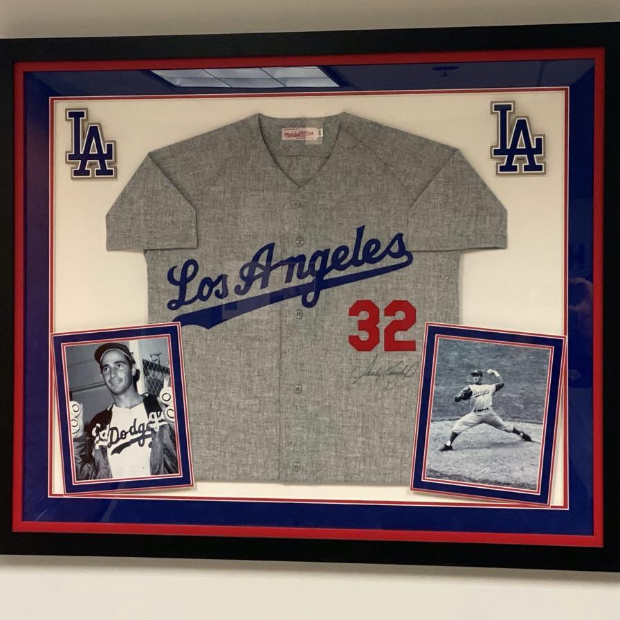 Framed Los Angeles Dodgers baseball jersey