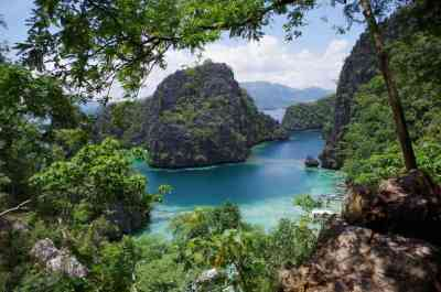 The natural scene at Kayangan Lake in the Coron area of the Philippines is so picturesque you can't help but marvel at it.