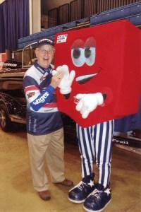 Gary and US Bank mascot