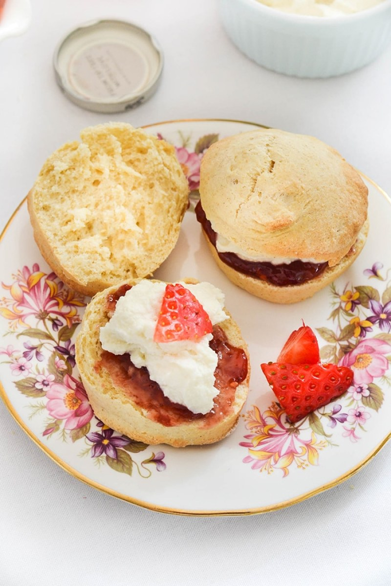 Vegan Scones with Clotted Cream | WallflowerGirl.co.uk #vegan