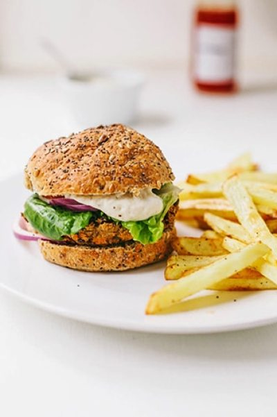 Smokey Sweet Potato & Black Bean Burgers #vegan #glutenfree