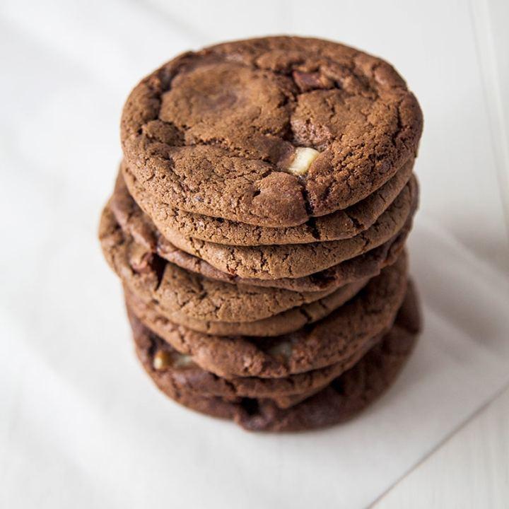 Vegan Triple Chocolate Chip Cookies