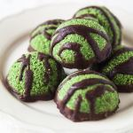 Raw Supergreen Macaroons