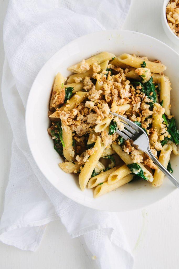 Creamy Spinach Pasta with Cheesy Garlic Crumbs (Vegan)