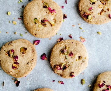 Rose, Pistachio & Olive Oil Shortbread + Braintree Clothing Discount!
