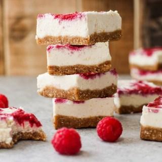 Raw Raspberry & Lemon Cheesecake Bars #raw #vegan #glutenfree #dessert