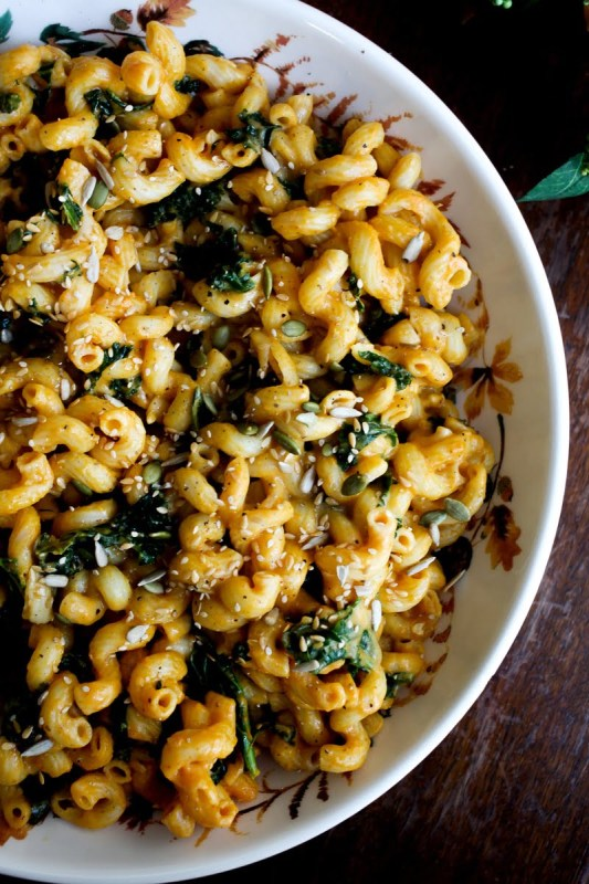 Vegan Pumpkin Mac & Cheese with Kale