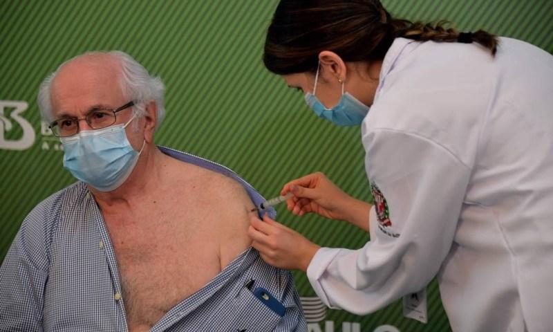 O relato do primeiro paraibano vacinado contra Covid-19 no Brasil –  Wallison Bezerra