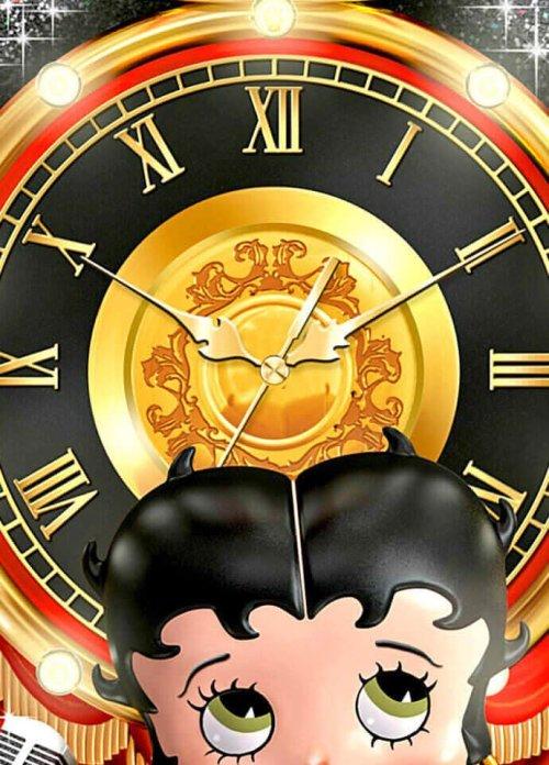 Sculpted Betty Boop Wall Clock