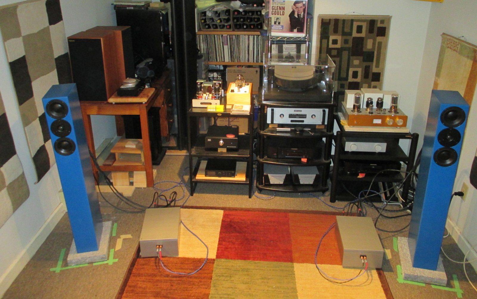 A Kingston Trio Teo Audio Runa Loudspeakers Liquid Pre Preamplifier Line Driver With External Crossovers Passive Silver In Middle Of The Rack On Far Right Below