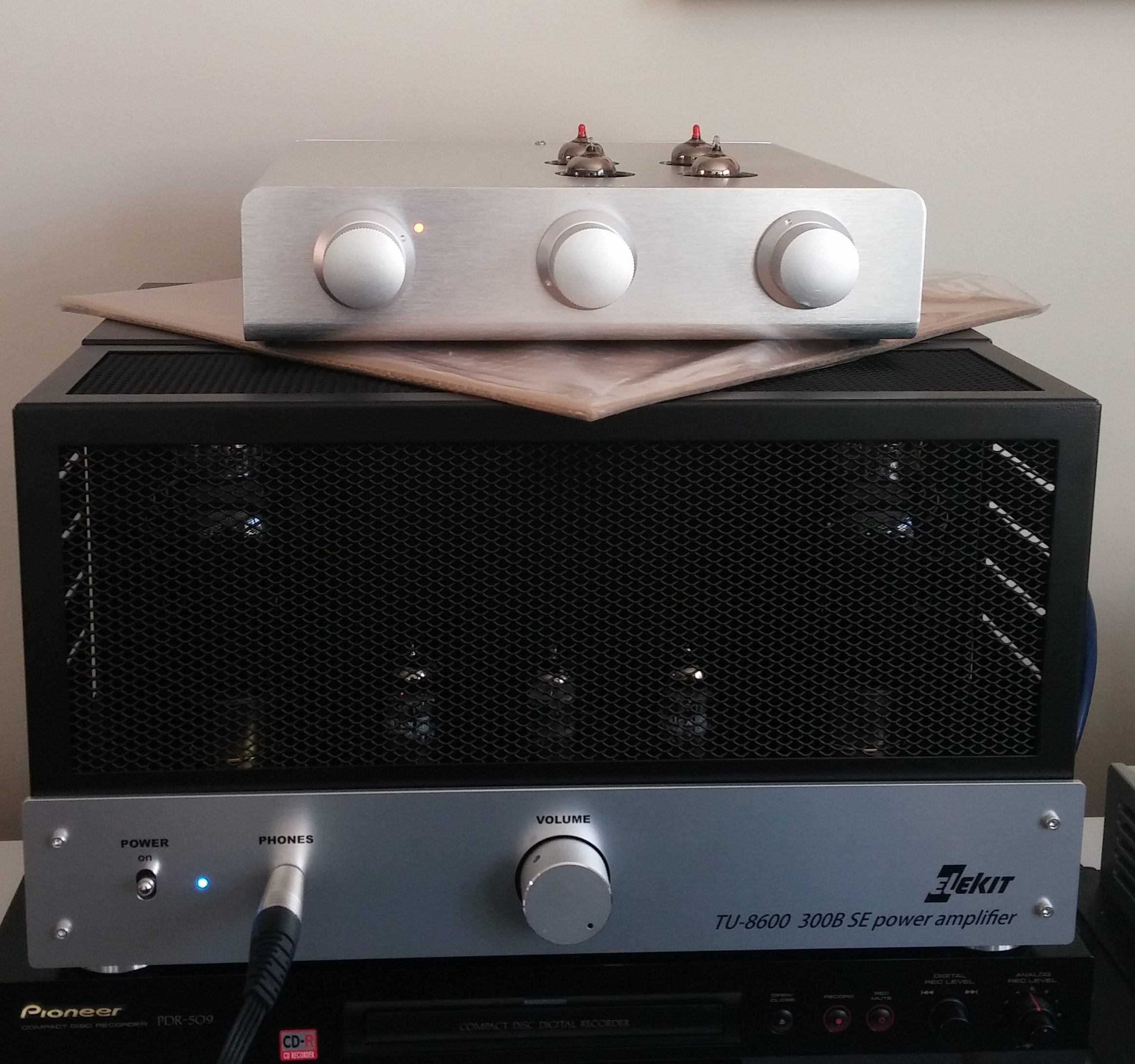 Review Elekit Tu8600 Single Ended 300b Amp Part 1 Wall Of Sound Late Night Diy Tube Talk Tubes Rectifiers And Electricity Listening With An Active Preamp I Did Some Comparisons Back Forth Between The Fed Directly Through Aikido Line Stage Used