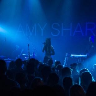 AMY SHARK - 16