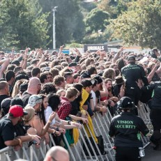 Download_Melbourne_2018_Crowd-13