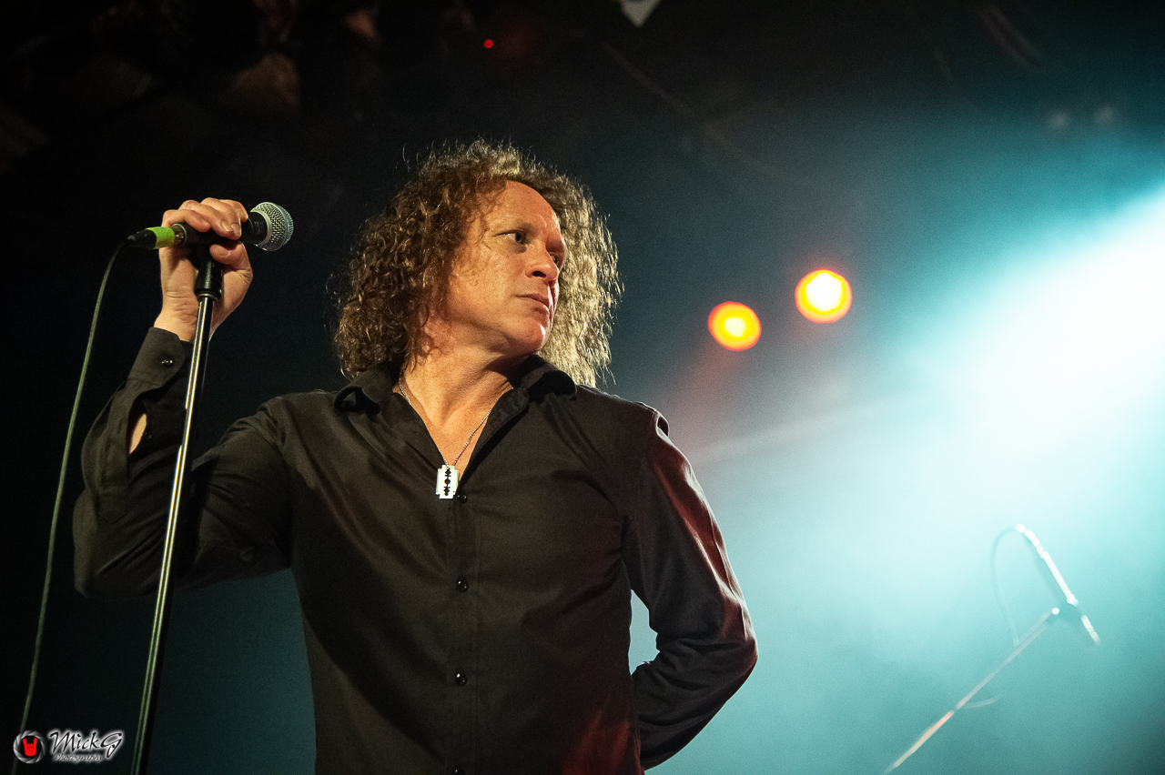 3_The_Screaming_Jets-4