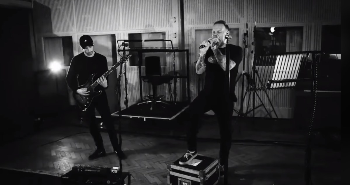 Architects covered a Deftones classic at Abbey Road Studios for Spotify... and it rules!