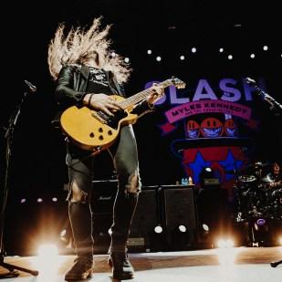 02-Slash-08