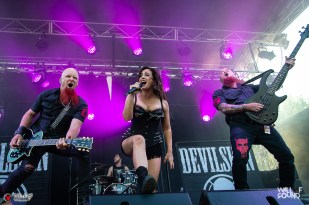 11_Devilskin-31