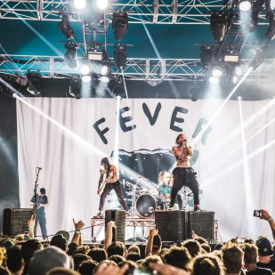 FEVER 333 (29 of 36)