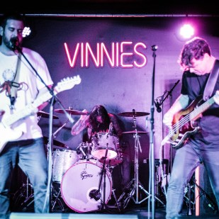 Elba Lane @ Vinnies Dive May 19-6