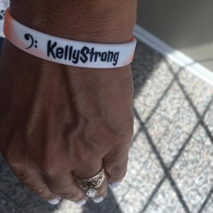 Kelly strong wristbands