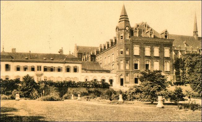 SEPULCHRE : L'incendie du couvent du Sacré-Coeur à Bois-l'Evêque (CHiCC, 1989)