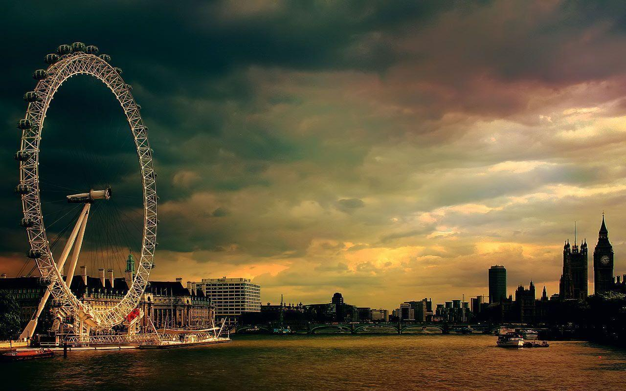 To offer a little balance to the many nature shots we tend to provide, here are some bright lights and tall buildings for your desktop. London Desktop Wallpapers - Wallpaper Cave