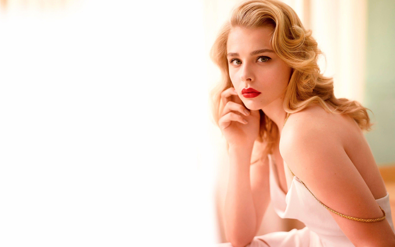 Chloe Moretz Wallpaper | Celebrities HD Wallpapers