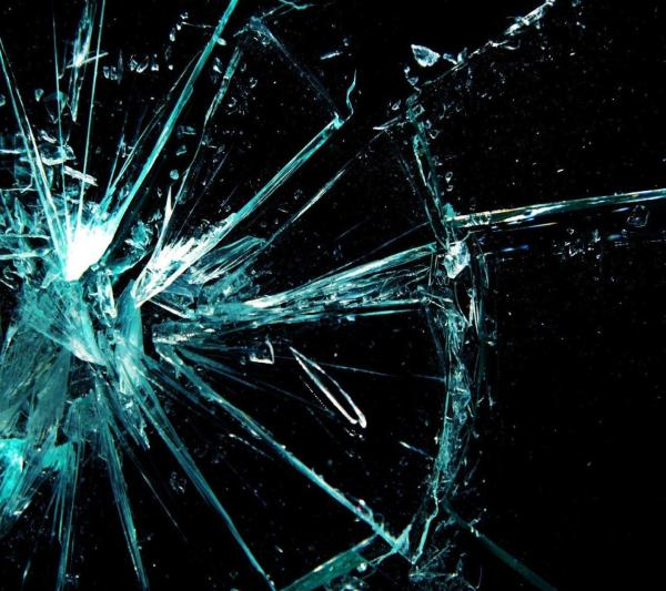 Cracked Screens Wallpapers - Wallpaper Cave