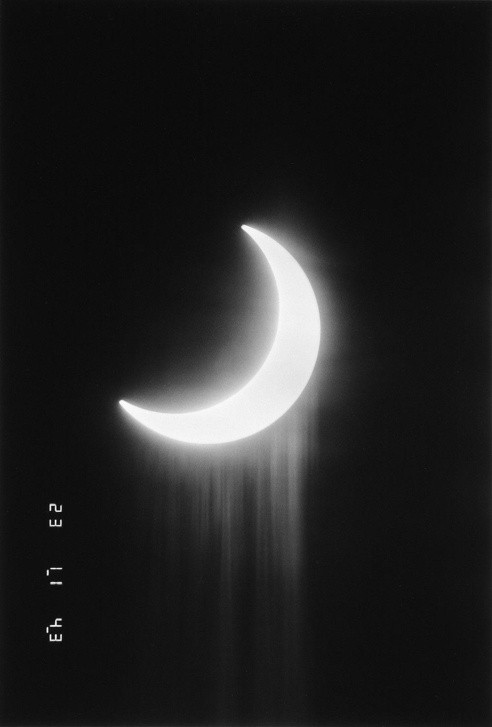 Aesthetic Moon White Background : Black ...