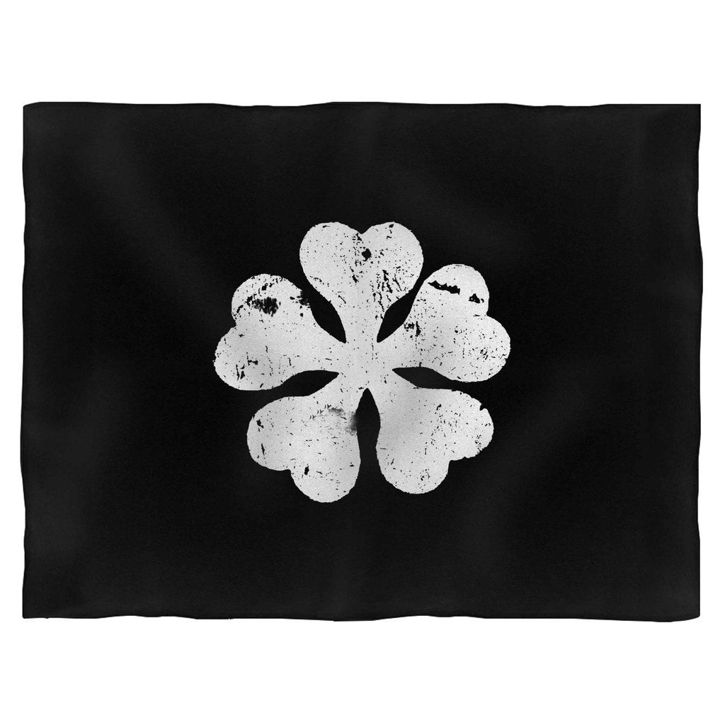 So as we know for a fact that. 5 Leaf Clover Wallpapers - Wallpaper Cave