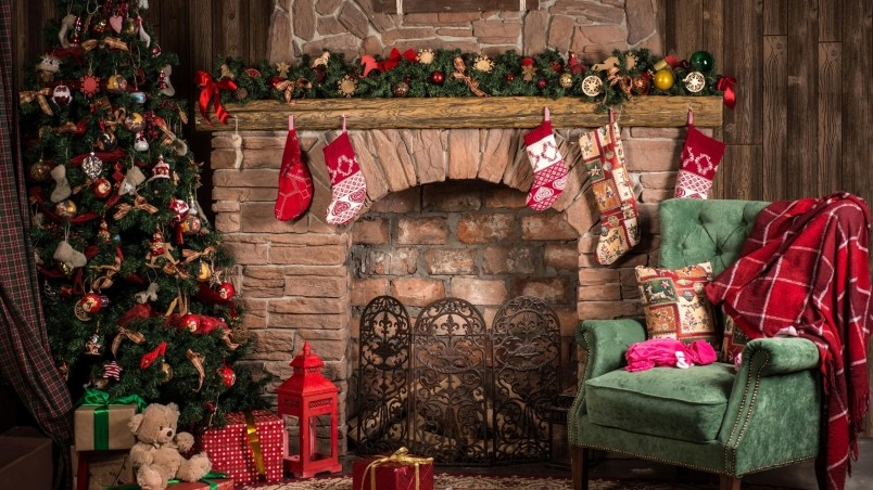 Cozy Christmas Decor HD Wallpaper