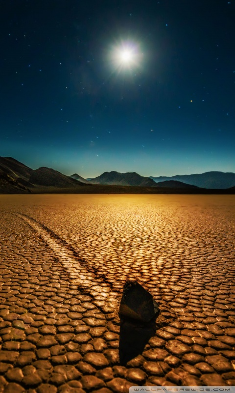 Rock In The Desert 4K HD Desktop Wallpaper For 4K Ultra HD