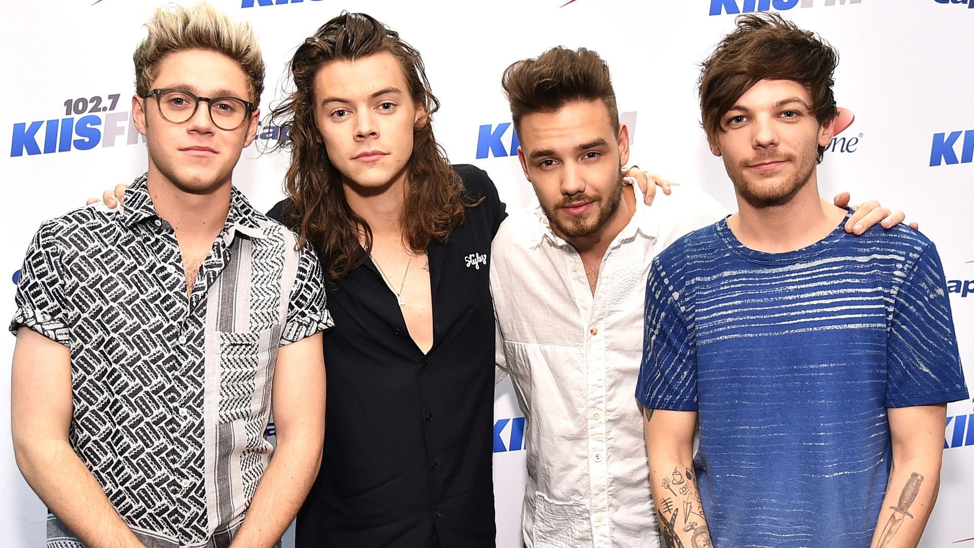 One Direction Wallpaper Download Free Hd Wallpapers Of