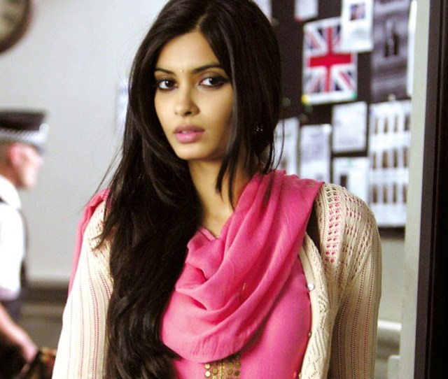 1920x1200 1920x1200 Diana Penty Wallpapers Free Download Hd Hot Bollywood Actress Images