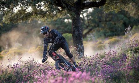 Mountain bike en Caceres Monfragüe y Valle del Jerte con David Cachon