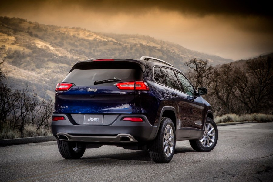 Amazing Jeep Cherokee Limited Rear Automotive 2014 Photo Picture