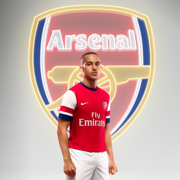 Theo Walcott Arsenal Football Club Photo Picture HD Wallpaper 2013