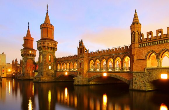 Berlin Oberbaum Bridge HD Wallpaper