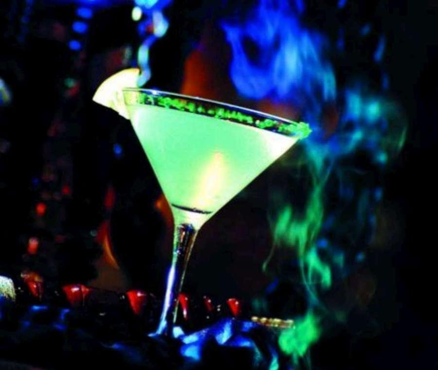 Green Martini-1920