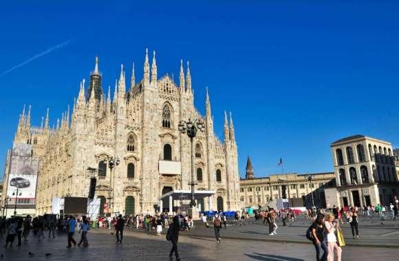 Piazza Del Duomo, Milan, Italy HD Wallpaper
