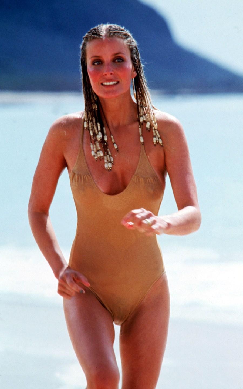 Bo Derek Iconic Swimsuit HD Wallpaper