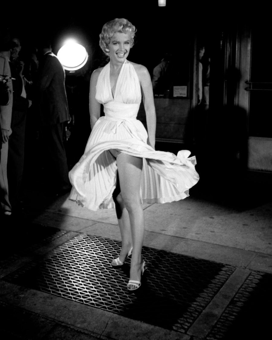 Marilyn Monroe Dress Up HD Wallpaper