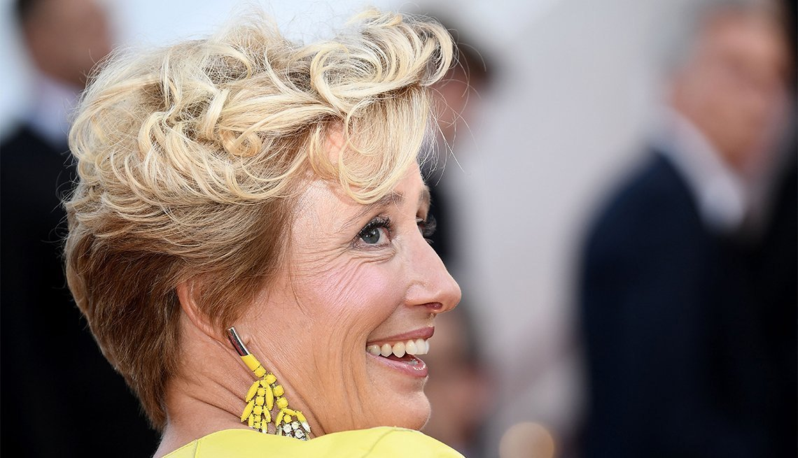 New 10 Hairstyles That Never Age Style Fashion Ideas With Pictures
