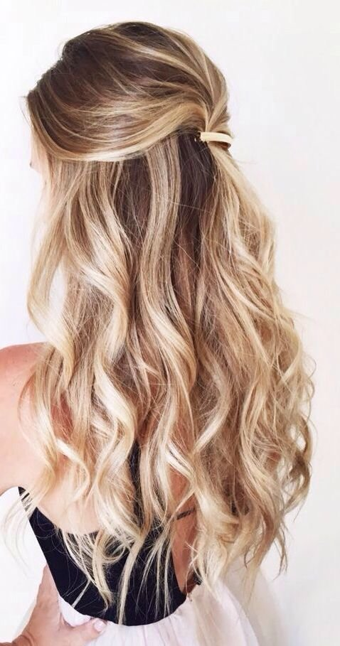 New Balayage Half Up Half Down Curly Hair Gorgeoushair Hair Ideas With Pictures