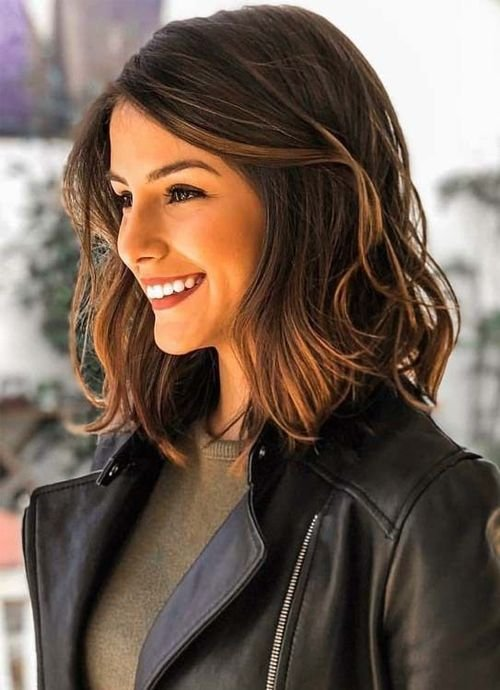 New Dazzling Shoulder Length Wavy Hairstyles 2019 For Women To Bl*W People S Minds Pretty Hair Ideas With Pictures