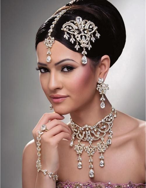 New 27 Indian Wedding Hairstyles For An Ultimate Traditional Look Indian Makeup And Beauty Blog Ideas With Pictures