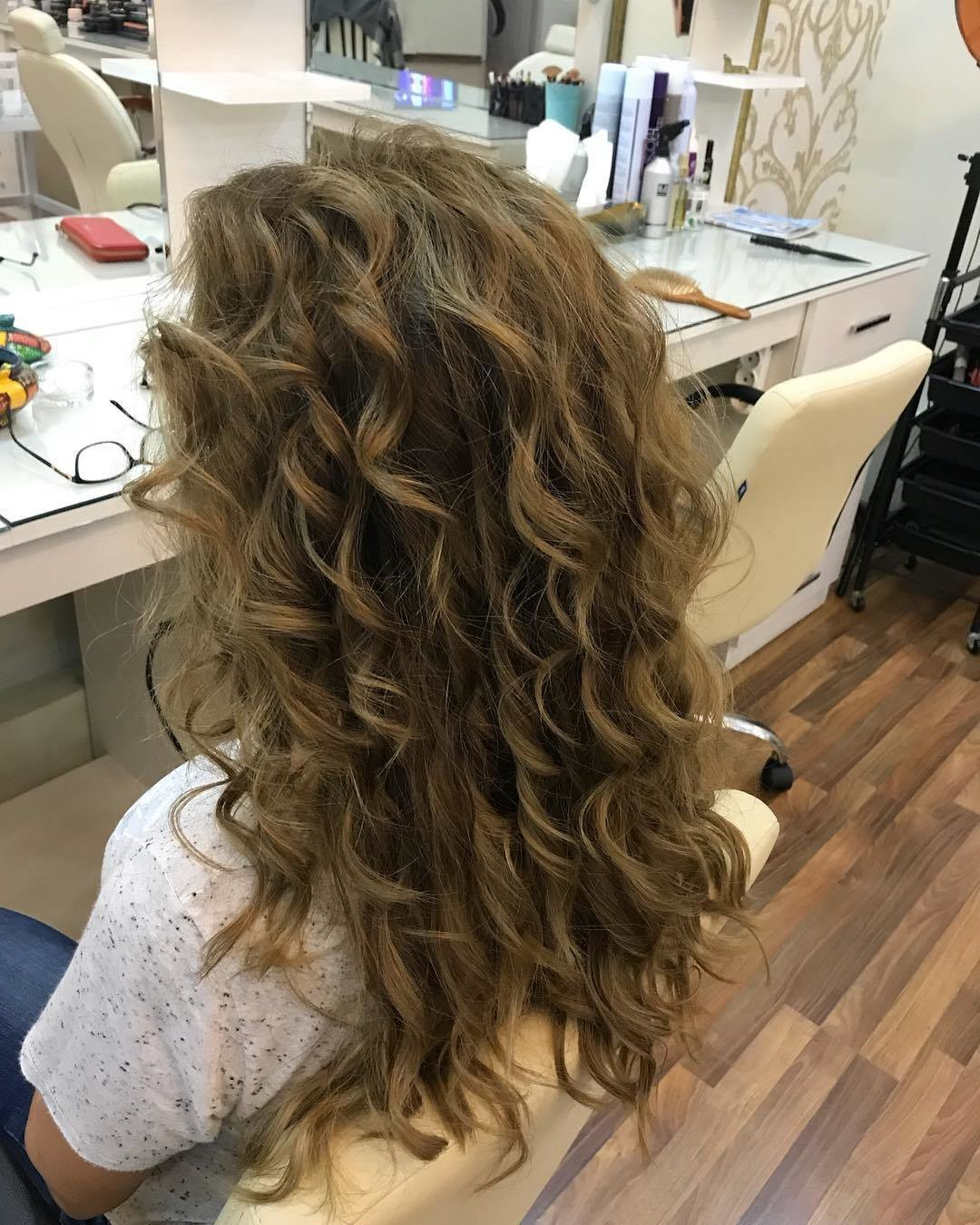 New Curly Hairstyles 2019 Top Fashionable Updo Ideas And Ideas With Pictures