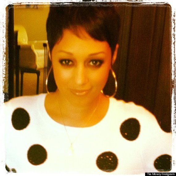 New Tia Mowry Haircut Tia Tamera Star Chops It All Off Photo Huffpost Ideas With Pictures