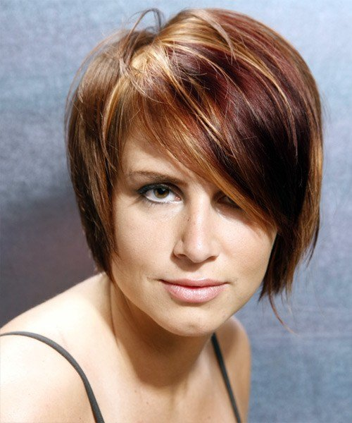 New Casual Short Straight Hairstyle With Side Swept Bangs Ideas With Pictures