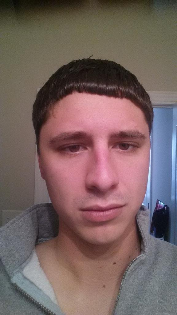 New Ethan E On Twitter Worst Haircut Ever Greatclips Never Ideas With Pictures
